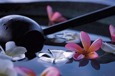 Four Seasons Jimbaran Bay, Bali Luxury Travel Package
